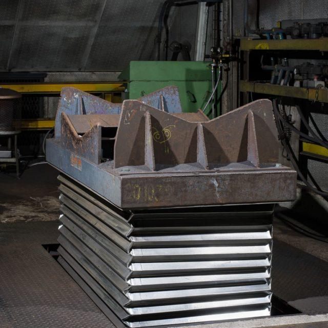 soufflet-aluminisé-protection-tables-elevatrices-industrie